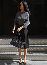 克洛伊的精品黑裙子<font color=9A9A9A><br>黑标签</font>