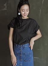 塑料基本的女衬衫